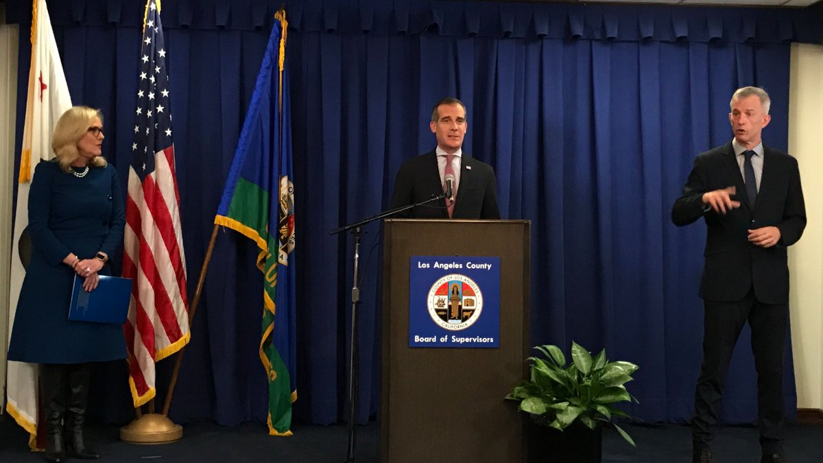 I'm issuing a Safer at Home emergency order — ordering all residents of @LACity to stay inside their homes and immediately limit all nonessential movement. We're taking this urgent action to limit the spread of COVID-19 and save lives. https://t.co/4yVdjXMEJ0 https://t.co/QscQUbqkaC