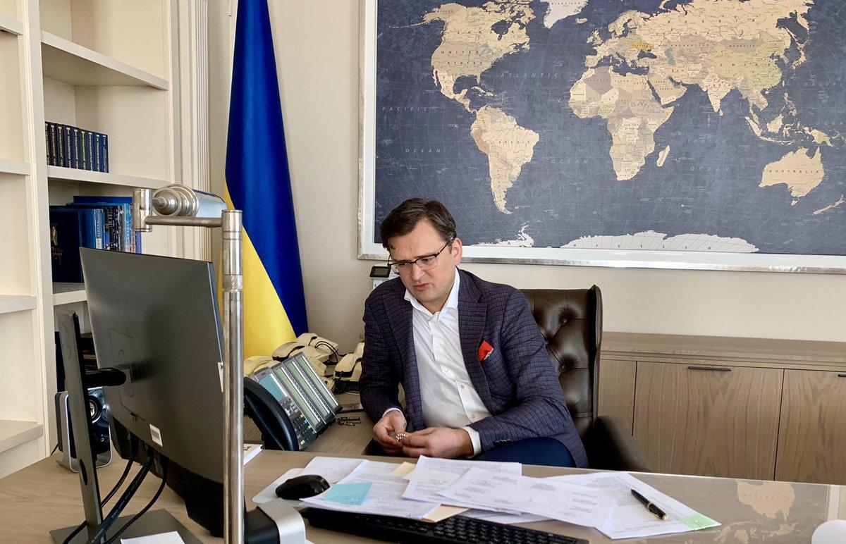 Украина в лице главы МИД Кулебы в очередной раз подтвердила отказ от выполнения Минских соглашений