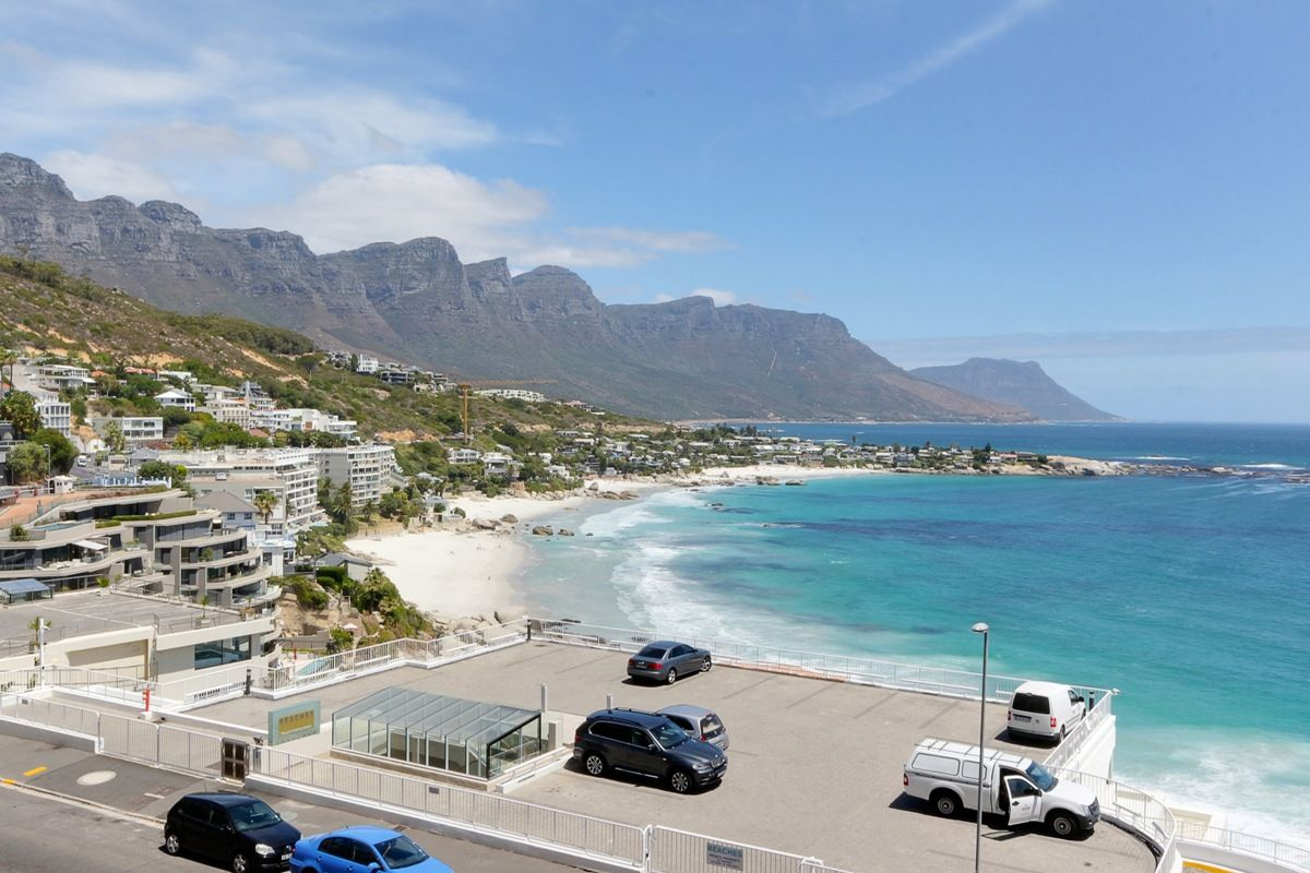 Clifton is an affluent, safe suburb in Cape Town. Be seen at one of the 4 beautiful and popular beaches. Only a short 5-minute drive to either Camps Bay or Sea Point. https://t.co/V1acMLay6o https://t.co/a86NPo3zd9