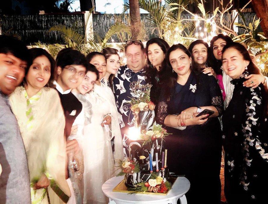 Singer Kanika Kapoor corona covid 19 party