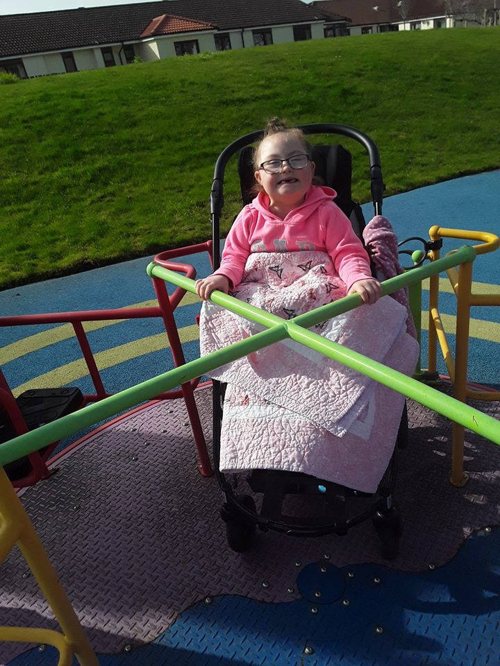 Just look at that smile!😀😀😀  Gwen has been enjoying the sunshine in the Claire House gardens and having a lovely tea party with our Play Specialist Rosie.  This is just what we needed to see this #internationaldayofhappiness. 💖💖💖