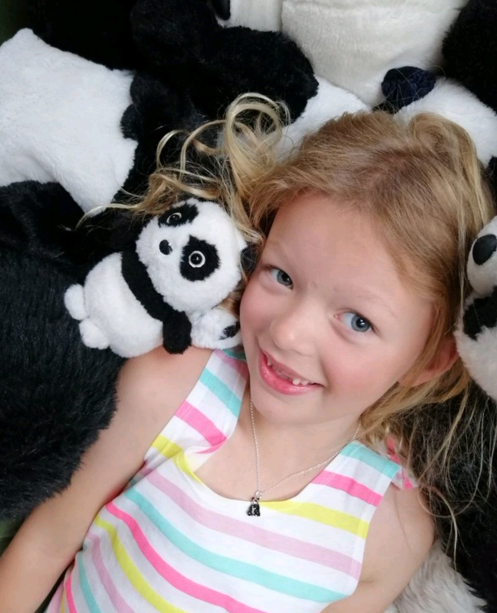 Expecting pandamonium with children at home? What are your plans to keep them occupied ? We've been discussing pillow forts and craft activities  - Any great tips to share?  #panda #childrensjewellery #schoolclosure #recycledsilver pic.twitter.com/zMICzRnARK