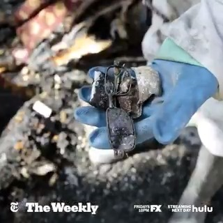 Should American defense contractors be selling arms to the Saudi military as it bombs civilians in Yemen? #TheWeeklyNYT investigates where the U.S. should draw the line between boosting jobs and curbing a humanitarian crisis. Watch now on @Hulu.  https://t.co/kX2NbNyItb https://t.co/fVYenhr0kb