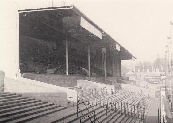 1950's #AshtonGate @BristolCity #BCFCpic.twitter.com/9nan07n1ij