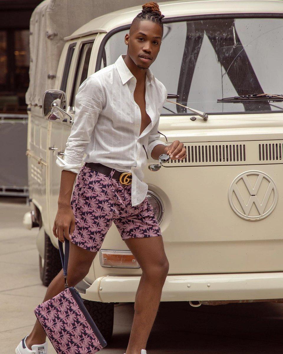 Volkswagen Bus, but make it fashion 🚐 @bykylan in #MrTurk 🌴#MrTurkStyle #VolkswagenBus #ClassicCars