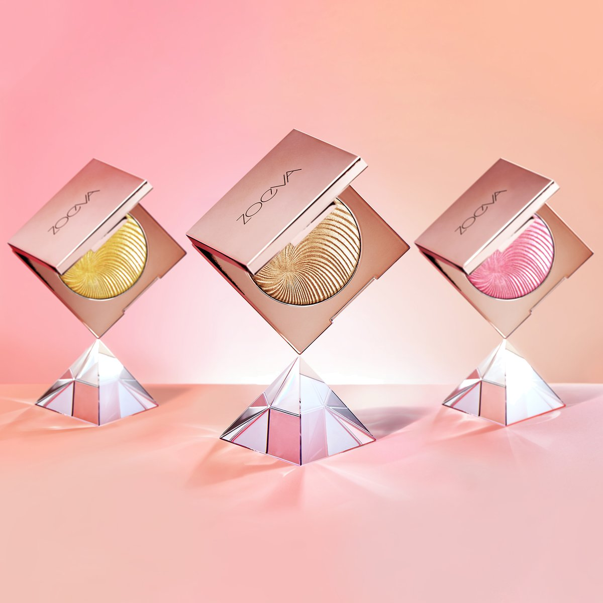 Zoeva Cosmetics On Twitter Get Glowing Our Visionary Light Multi Use Face Powder Empowers You To Define Your Own Glow Https T Co Mxczfoi8bh Zoeva Zoevavisionarylight Glow Instamakeup Highlighter Glam Makeupoftheday Makeuplover Https
