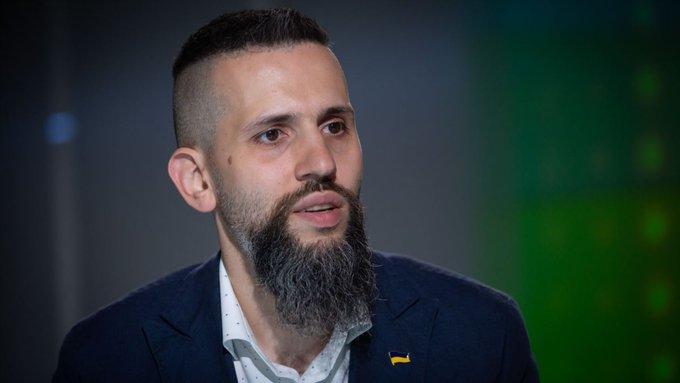 Іспанський телеканал показав розвантаження респіраторів з України - Цензор.НЕТ 7435