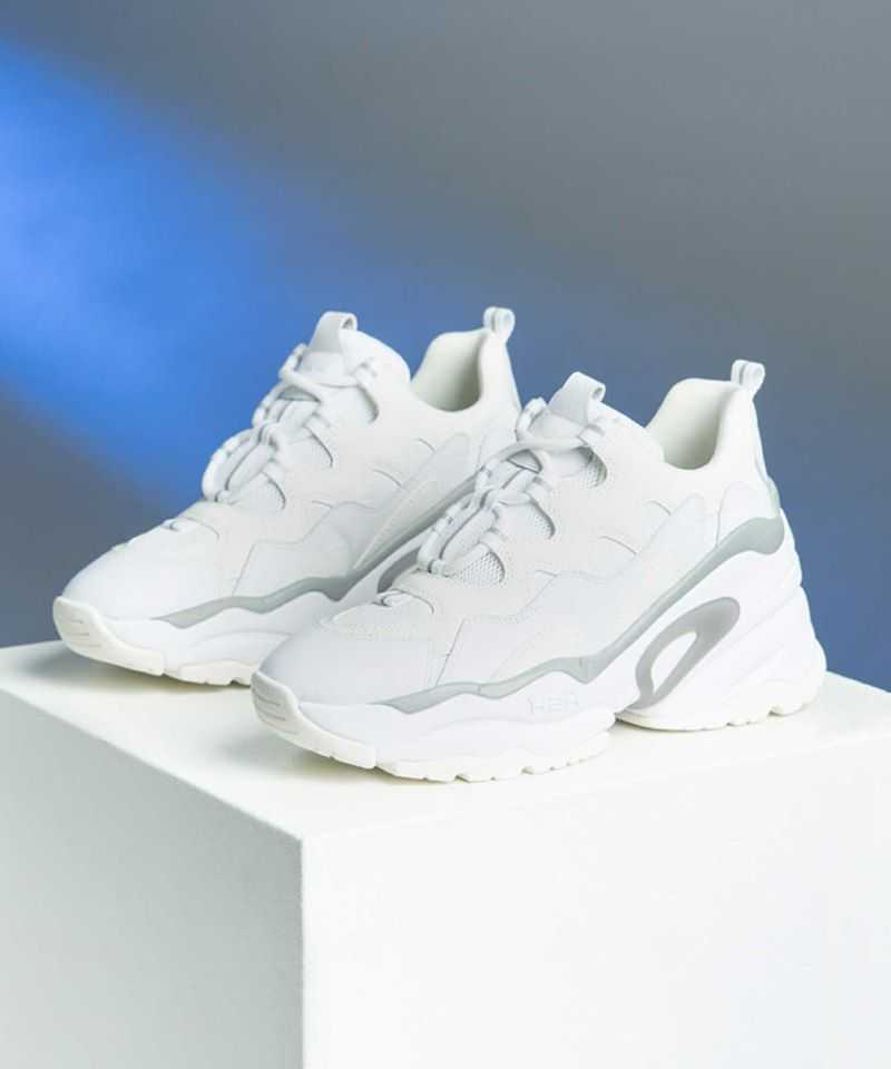 Get her something a little different...  Shop BANG and more sneaker styles online and redeem 20% off at the checkout using the code 'MUM20'  https://t.co/ZbmgaMB8UN https://t.co/2Pp471n79n