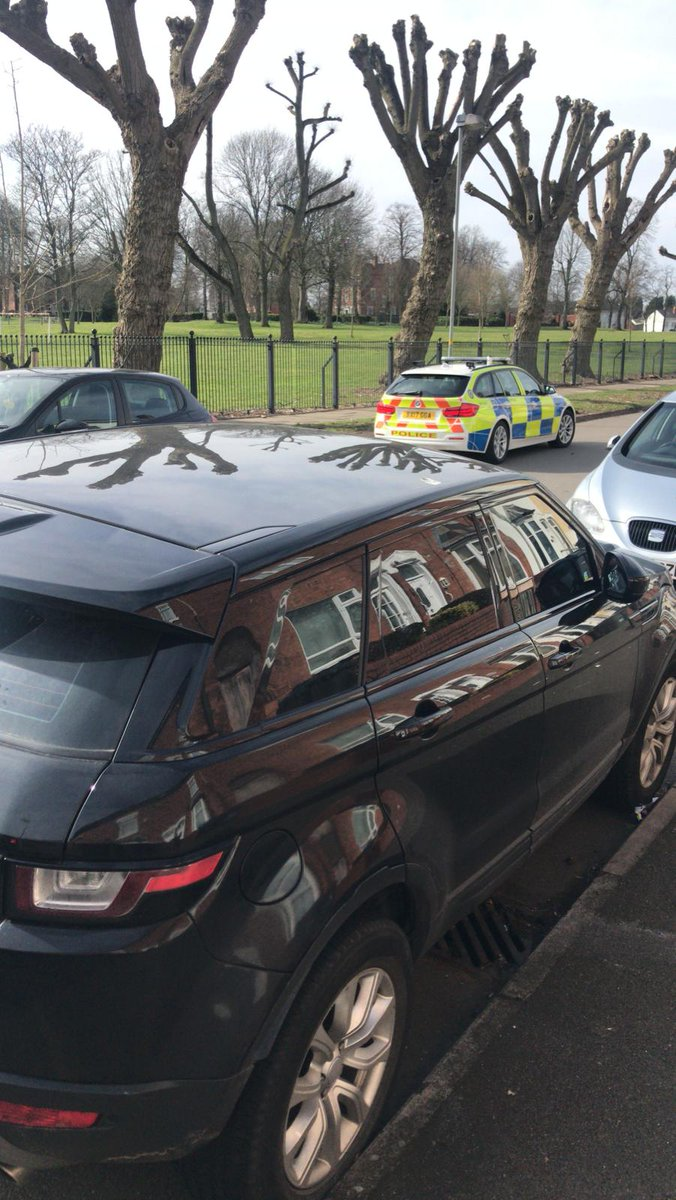 This #stolen Evoque is now being recovered from SparkbrooK. Thanks to another member of #StolenCarsMidlands who thought it looked suspicious. #TeamWork #ThankYouWhoeverYouAre pic.twitter.com/2avChAQmPX