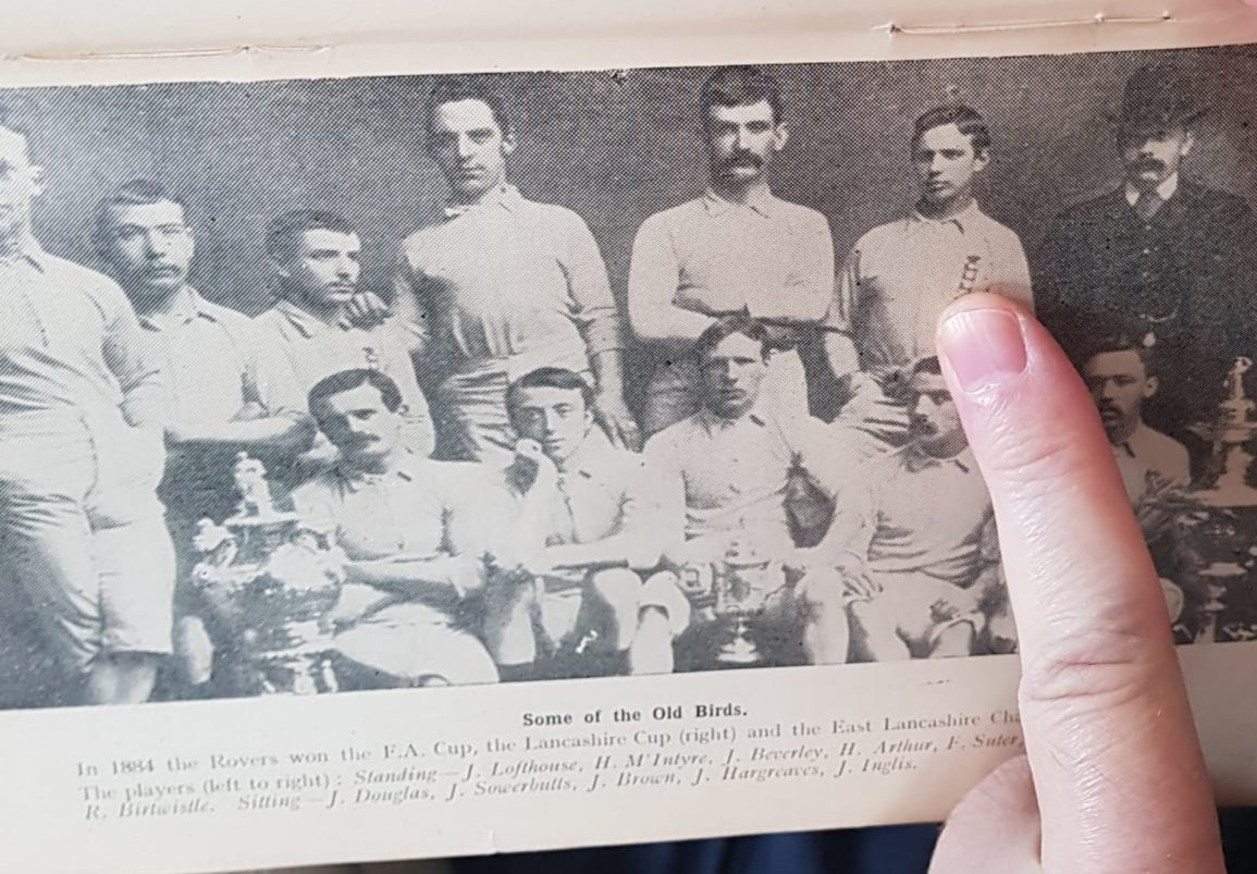 For anyone watching the absolutely fabulous #netflix series #TheEnglishGame here is the real Fergus Suter in my grandad's old 'Things about Blackburn Rovers' book. A brilliant must watch for all #rovers fans ⚽️👍 https://t.co/gLk2wo6qDO