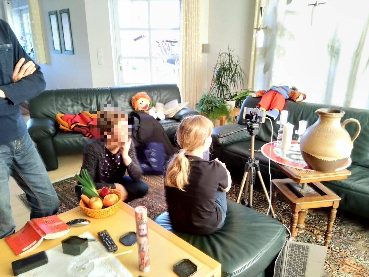 Hier entsteht gerade unser erstes Homevideo für den #KiGo von #ekduelken. Bald online auf https://t.co/njaMcUAC7B