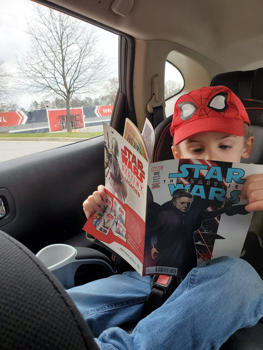 More evidence that local comic shops rock. Did curbside pick up at @AmazingSpiral and asked if they could  get some Star Wars comics from the $1 bin for my kiddo as well and they were nice enough to oblige. He was super excited to own his first comics.  #comics #StarWarspic.twitter.com/IJnuRT9voD