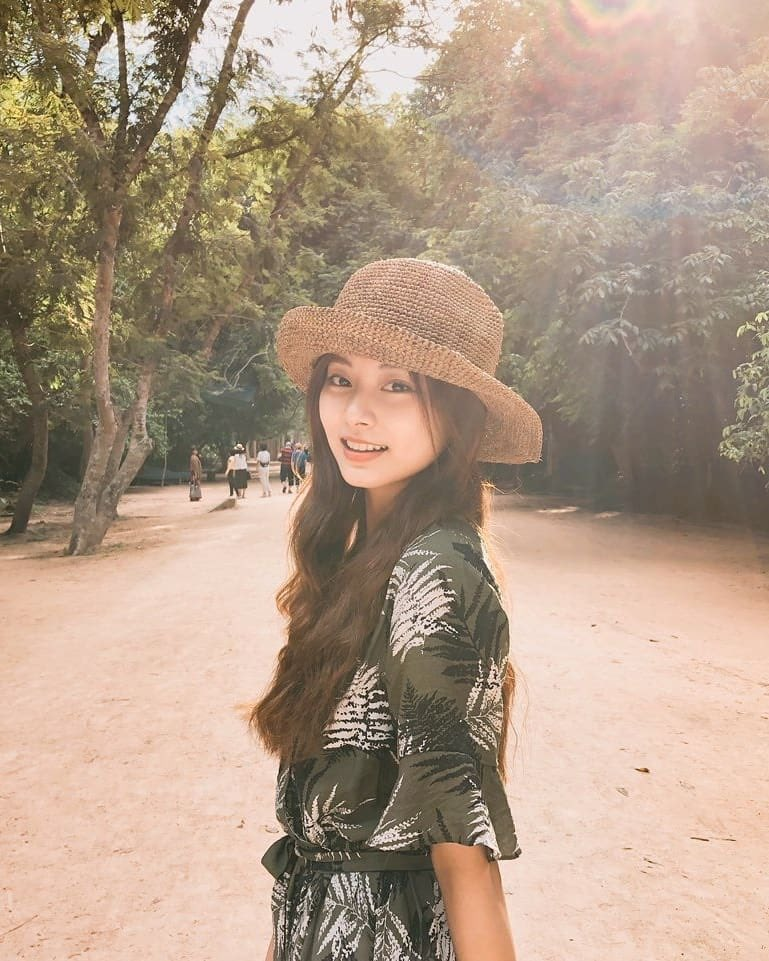 Tzuyu donated supplies to schools in Cambodia, volunteered there, donated to students at her middle school, donated to 2 countries to help with coronavirus. None of these were publicized on her own. Shes been doing all of it quietly. An angel @JYPETWICE 💕