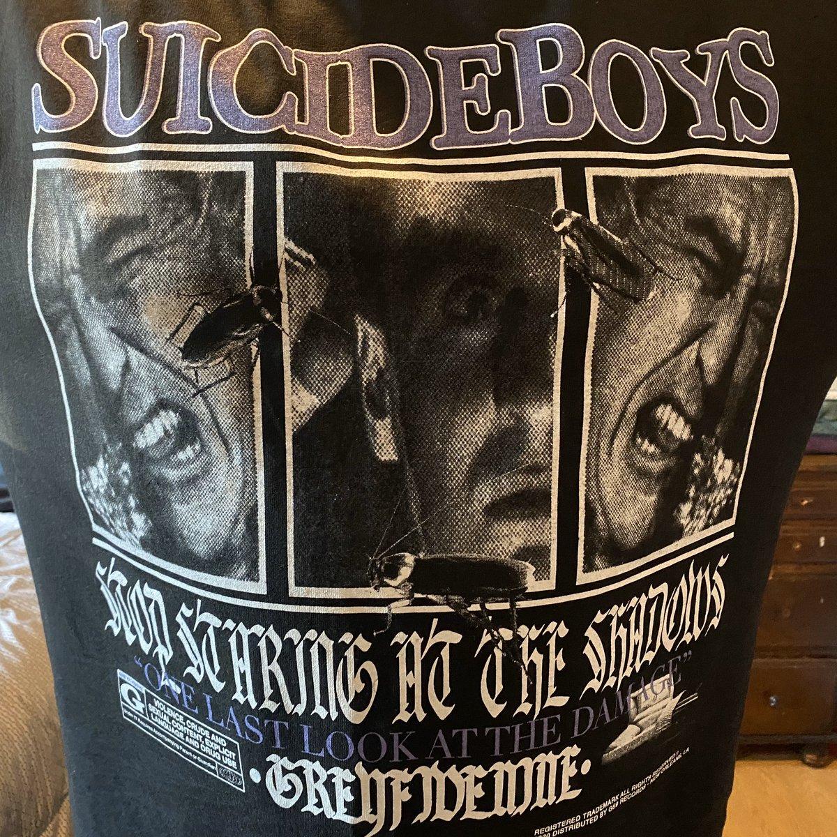 First time rocking my $uicideboy$ shirt.  #G59 #StopStaringattheShadows @suicideLEOPARD @SuicideChrist