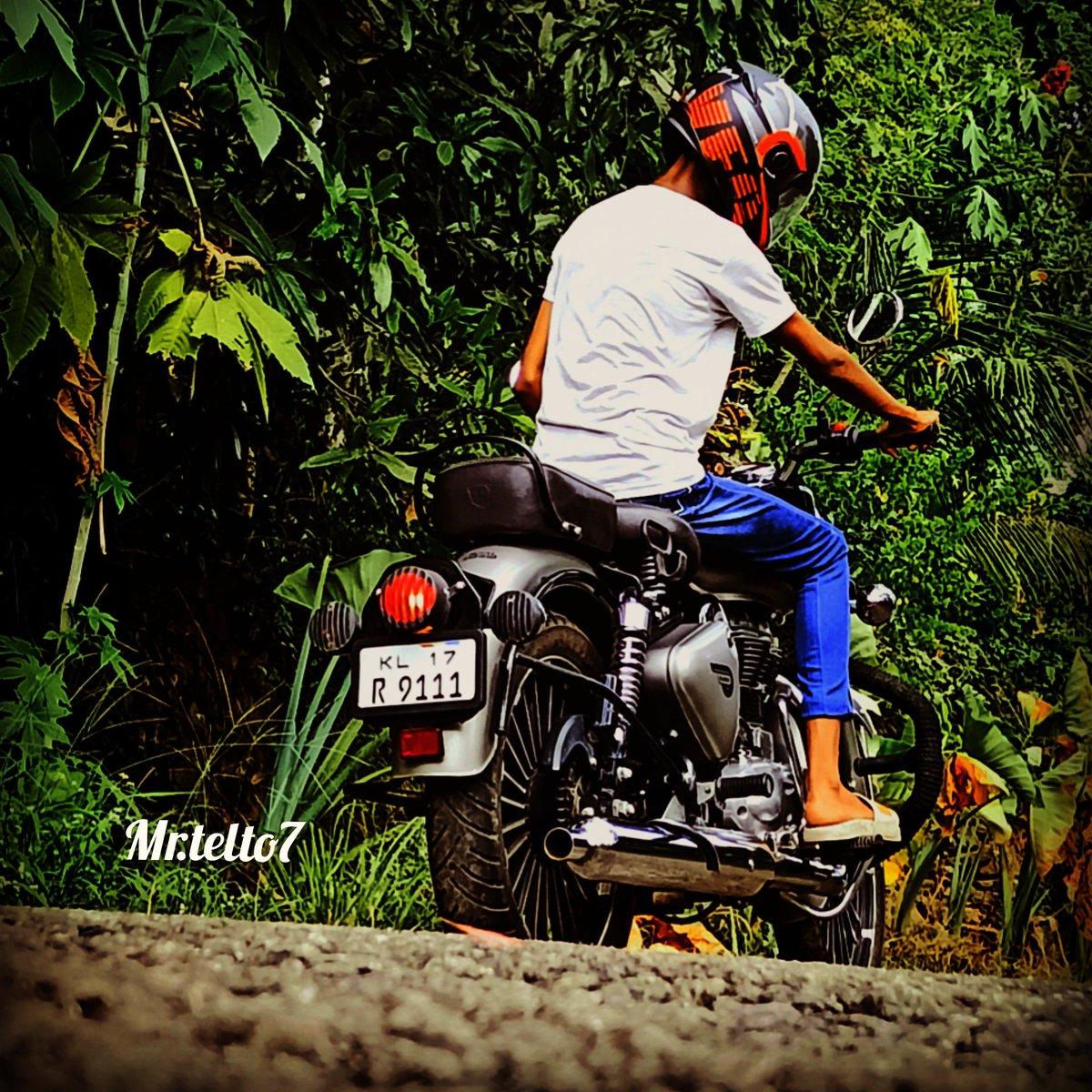 It's not a phase IT'S MY LIFE it's not a hobby IT'S MY PASSION it's not for everyone IT'S FOR ME #KTM #ktmrc200 #ktmindia  #bikersgram #ktmofficial #dukeoffIcial #autolougedesign #bikergram #bikerchick #wearthespeed #jeevanulla_page #pdarmy #superbikes #superbikesindia #superbikepic.twitter.com/TuISsEGIOn