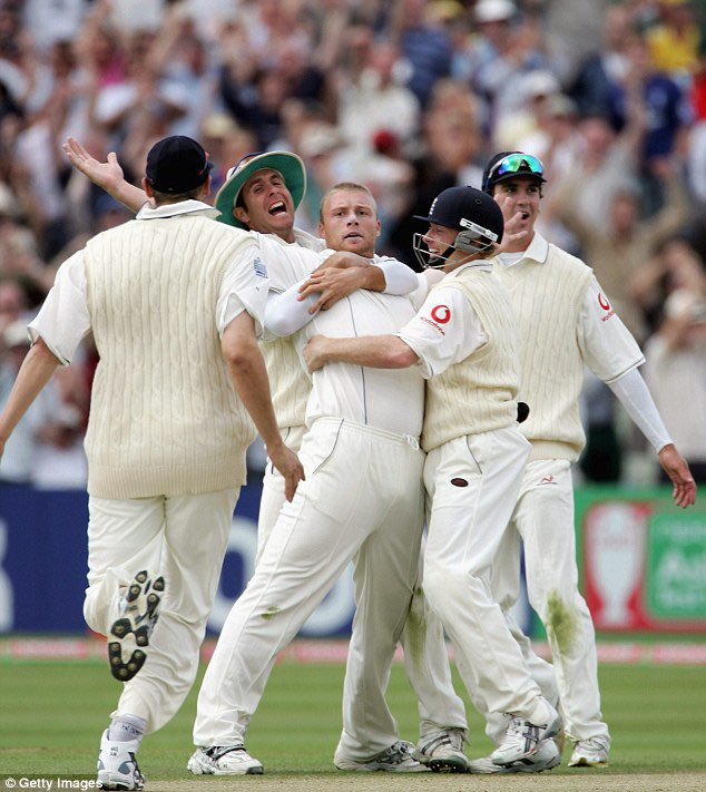Hey @Channel4 if this tweet gets 20,000 retweets, will you air the full 2005 Ashes Series?