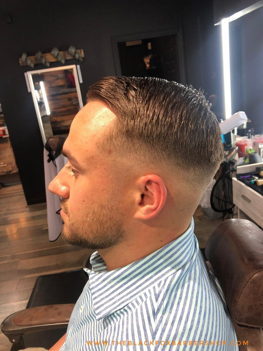 Sharp work by Luis  @incessant.barber  #theblackfoxbarbershop #barbershop #barber #barbernaples #barberlife #barbershopconnect #barberlove #barbermemes #239 #239barbers #239naples #naplesfl #naplesflorida #naplesflbarber #naplesbarberpic.twitter.com/H724W7JE4M