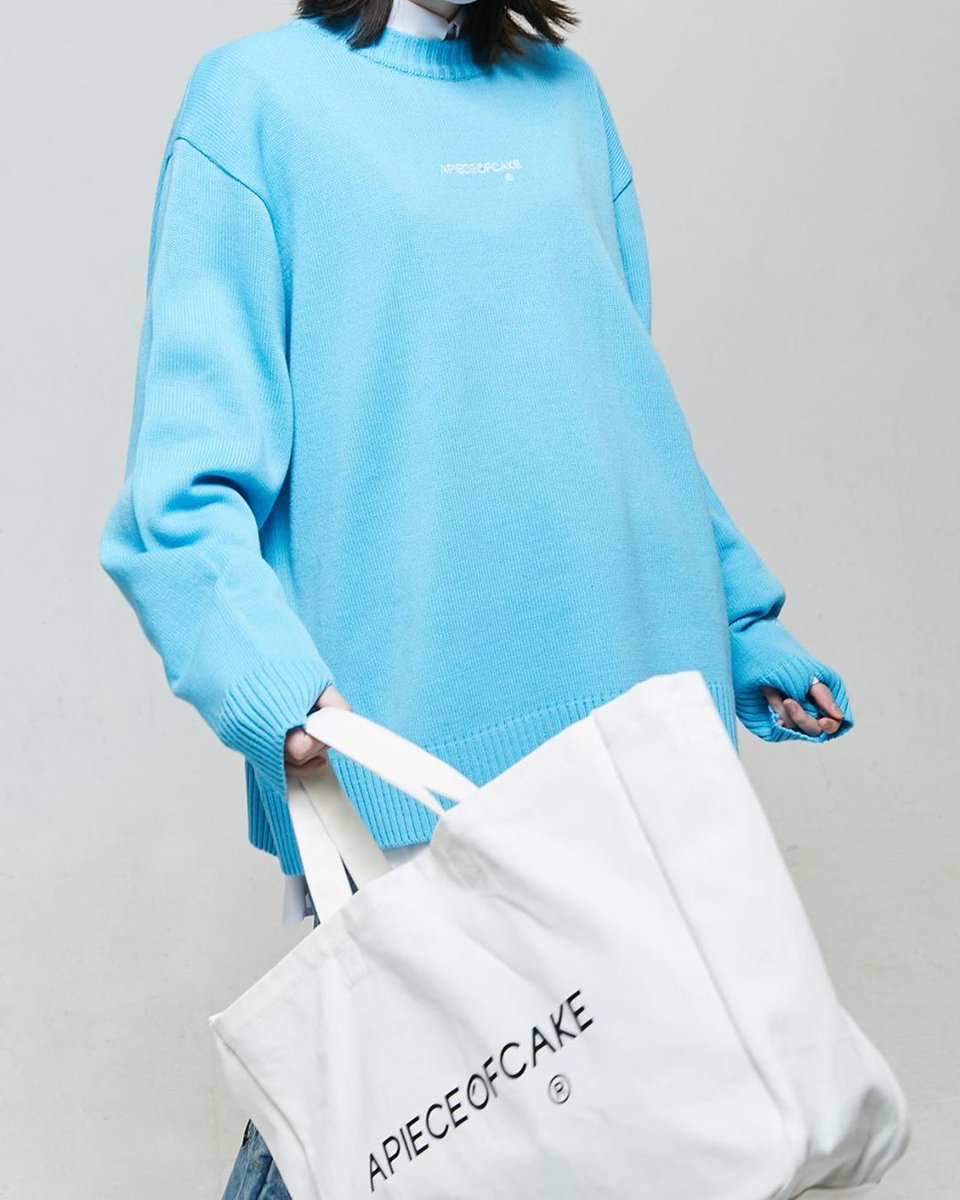 """""""20SS 1st Collection.""""    Essential Knit_Sky Blue  http://intl.apieceofcake.co.kr/product/essential-knitsky-blue/1508/category/124/display/1/…   Reversible Tote Bag_Off White  http://intl.apieceofcake.co.kr/product/reversible-tote-bagoff-white/1533/category/124/display/1/… _ #APOC #APIECEOFCAKE #2020SS pic.twitter.com/fzVRIi9K5j"""