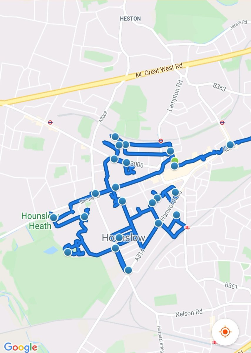 Hounslow Heath SNT & @MPSHounslowWest    officers were busy today patrolling both wards  carrying out Anti social behaviour  & drug use patrols visiting victims of motor vehicle crime.  #BeSafe #DontDoDrugs #MOTORVEHICLECRIME pic.twitter.com/Bc06VaM6bR