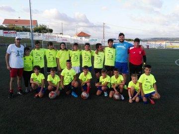 ADR Numancia de Ares. Ángel Mahía con el equipo de infantiles de la temporada 2019-2020