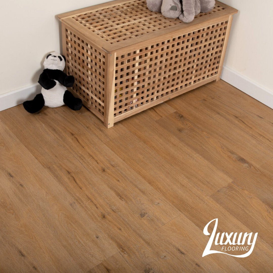 Our Nest Tavern Oak Luxury Vinyl flooring gives a stunning and realistic impression of the glory of real wood through the knots, grains and colour variation.   See more of this floor on our website using product code: NESTV100.  #luxuryflooring #freesamples #realwood #flooringpic.twitter.com/Jd1czf2XQl