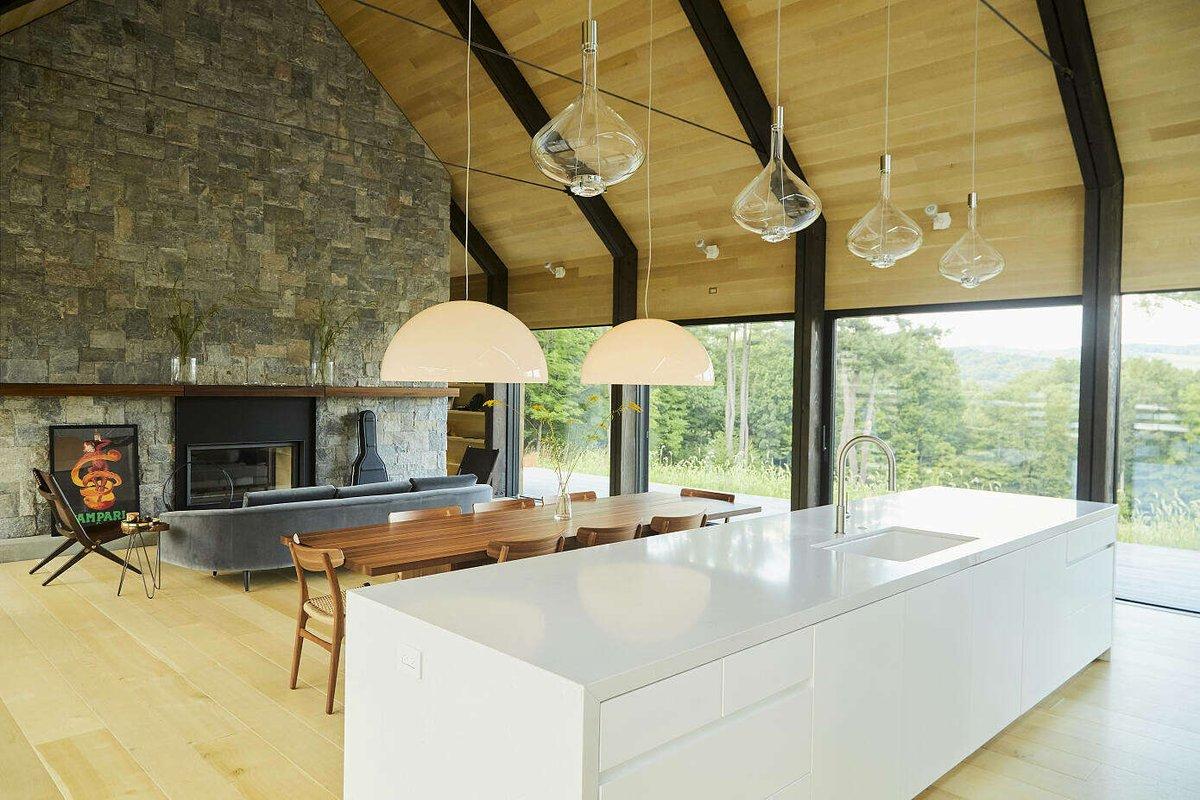 House in Silvernails by Amalgam Studio  https://homeadore.com/2019/02/01/house-in-silvernails-by-amalgam-studio/…  #architecture #interiordesign #home #homedecorpic.twitter.com/iYJ2NvU6mG