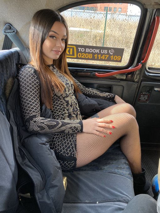 1 pic. Go watch the @FakeTaxi driver cum all over my twerking Italian ass on https://t.co/A0gyId6lRh