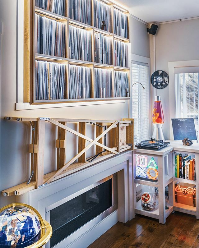 During this quarantine you can find me here  * * * * * *  #ortofon #highendaudio #igvinylclub #recordlover #vinyloftheday #vinyllp #spintheblackcircle #recordsreposted #vinyllovers #recordaday #classicsong #coloredvinylclub #vinylcollector #hifideli… https://ift.tt/2Ua6z6j pic.twitter.com/zYEBszcNvt