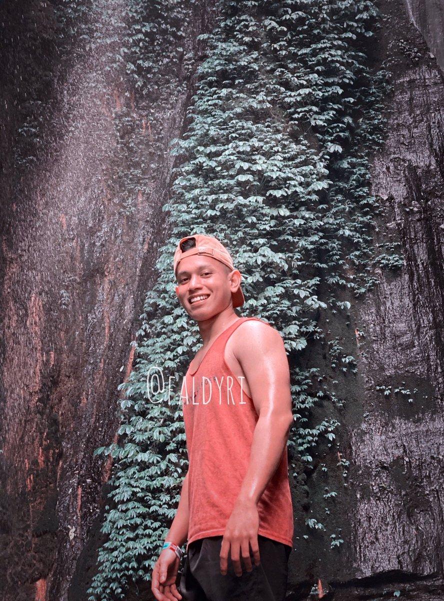 Good morning . . . .  #likeforlikes #followforfollowback #StayAtHome #SocialDistancing #BoyWithLuv #SeninAmbyar #seninambyar #indonesianboy #boyhitz #gantengindo #asianboy #indoboy #boyfrend #boyfriends #gymfreak #gymaddict #gymaddict #musclebuilding #muscle #muscleboy #workoutpic.twitter.com/CRFN24KU6z