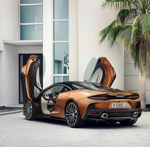 Win a trip around a track in a supercar of your choice with Lifestyle Bids   ENDING SOON! C: @billionairetoys    #mclaren #mclarenauto #mclarengt #gt #grandtourer #grandtour #grandtouring #mclaren720s #supercars #billionairetoys #win #winner #winning #auction #luxurypic.twitter.com/aTsfDuwDQM