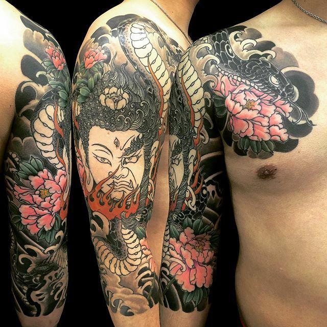 #如来 #明王 #nyorai #myoo #蛇 #牡丹 #snake #peony . . . #tattoo #reikotattoo #studiokeen #japan #nagoyatattoo #irezumi #タトゥー #刺青 #名古屋 #大須 #矢場町 https://t.co/qByuEJFr09 https://t.co/JAMTd1pWPl