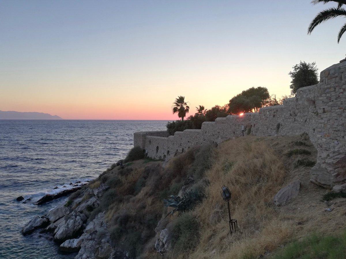 — New @decouvrirlavie guest article! —  Travelling to Kuşadasi, Turkey  by @brankajaksi!  Read here: https://decouvrirlavie.com/2020/03/23/travelling-to-kusadasi-turkey/…pic.twitter.com/tFByOhQMcP