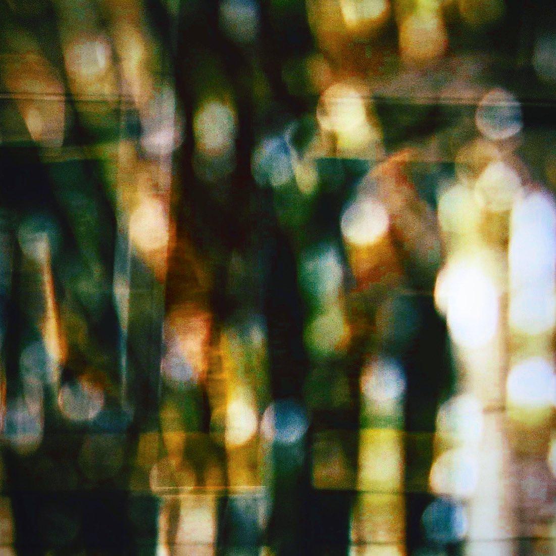 Chiasso notturno.  #foto #fotografia #arte #photography #photo #picture #photographe #camera #shot #artday #igrecommend #moments #lensculture #artofvisuals #nikon #camera #artwork #artofinstagram #arts #design #designinspiration #designboom #designlovers #光 #アートワーク #フォトpic.twitter.com/7grlwKSwak