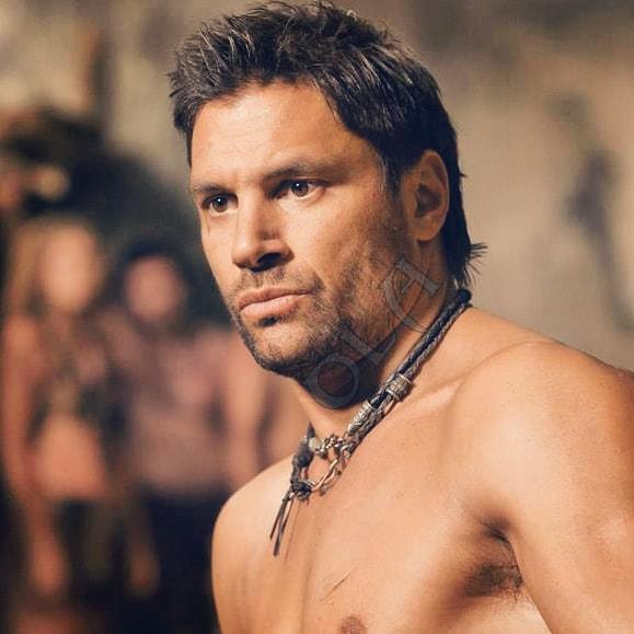 #magnificentmanmonday Crixus #manubennett #spartacus gladiator fighter hero pic.twitter.com/0HirL5bWXR
