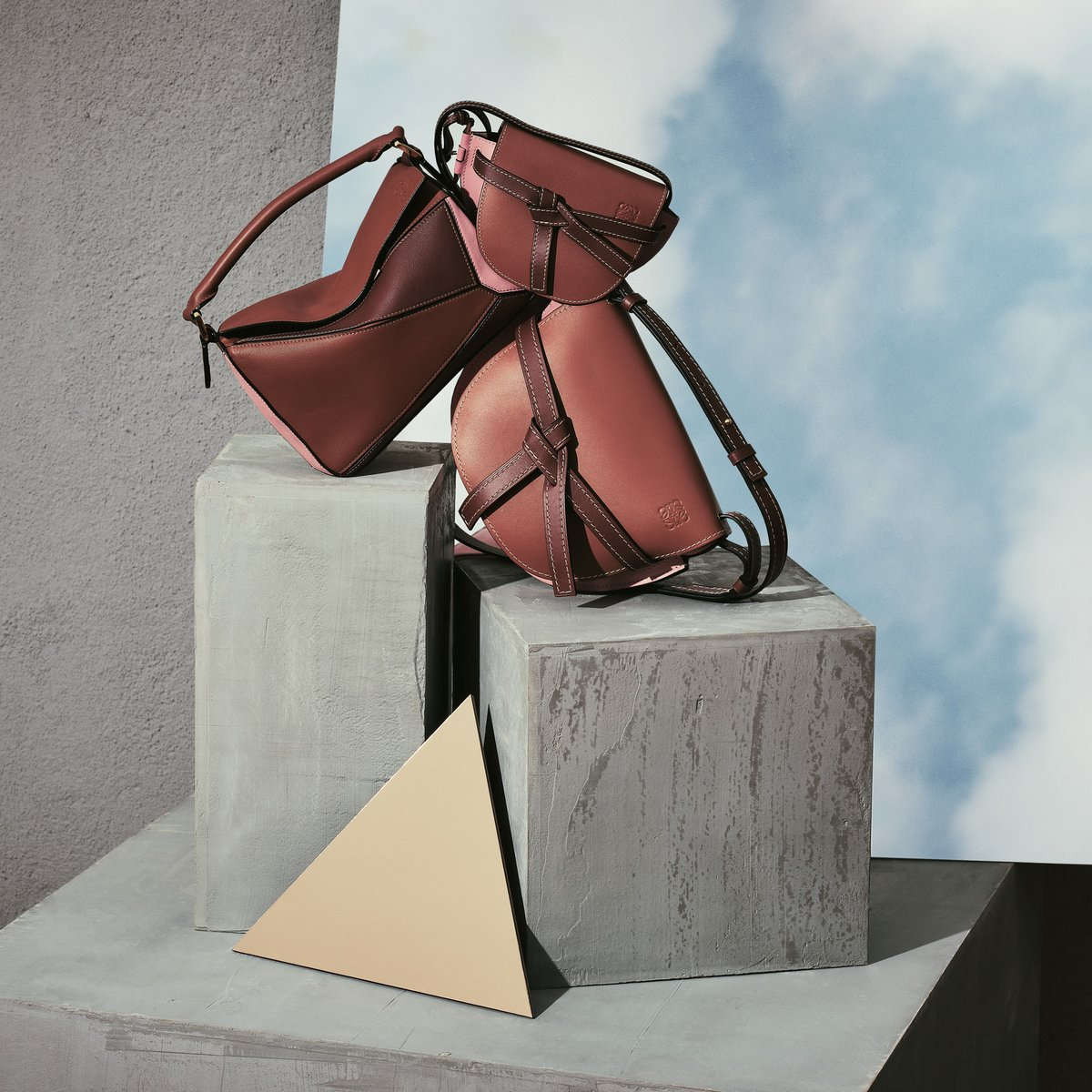 The Puzzle and Gate bags are iconic shapes in the #LOEWE bag family. See the collection on loewe.cm/PuzzleBag #LOEWE