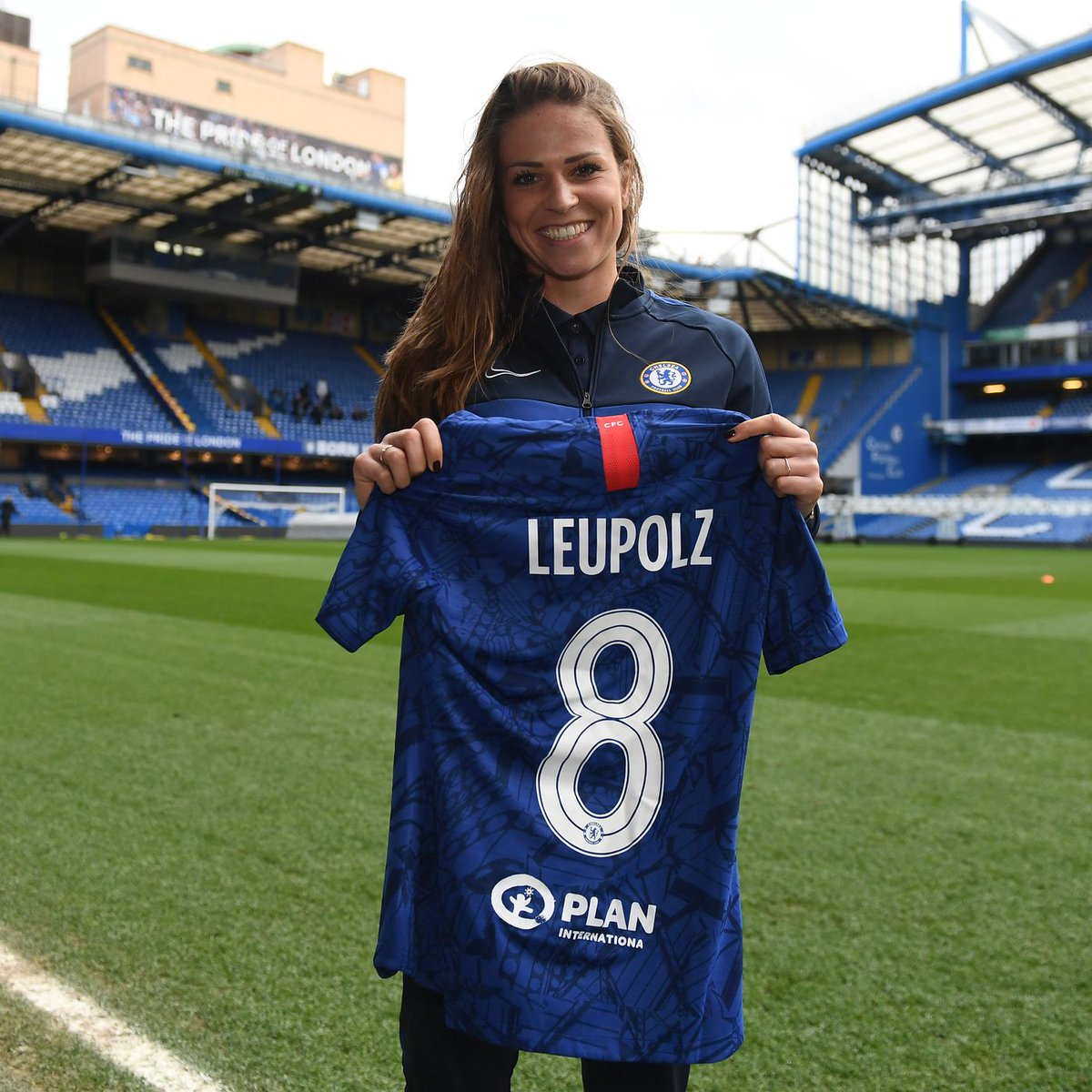 #MercadoDePases 💣 La alemana Melanie Leupolz deja #BayernMunich después de 6 años para jugar en #Chelsea