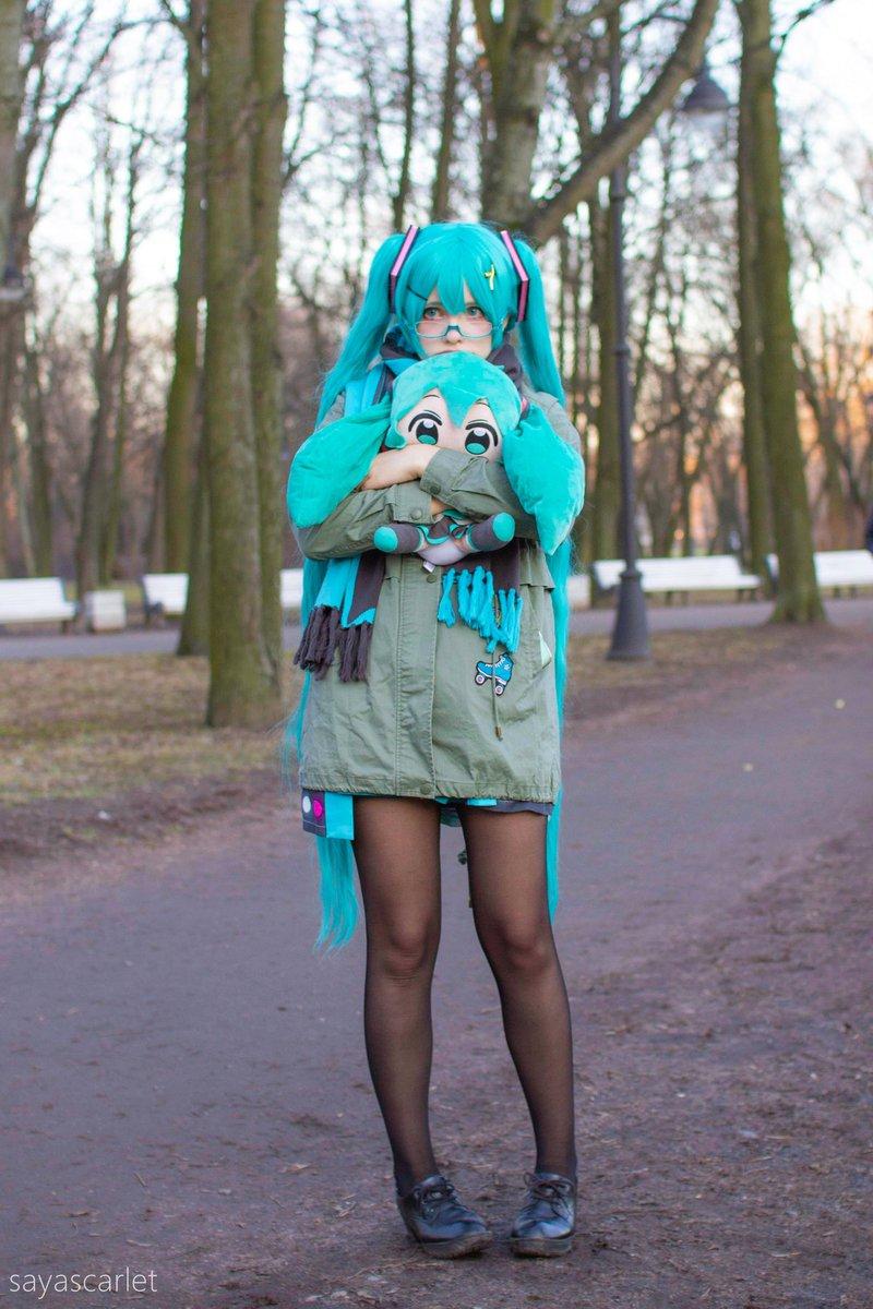 外に行きたい😭😭😭#hatsunemiku #cosplay#初音ミク