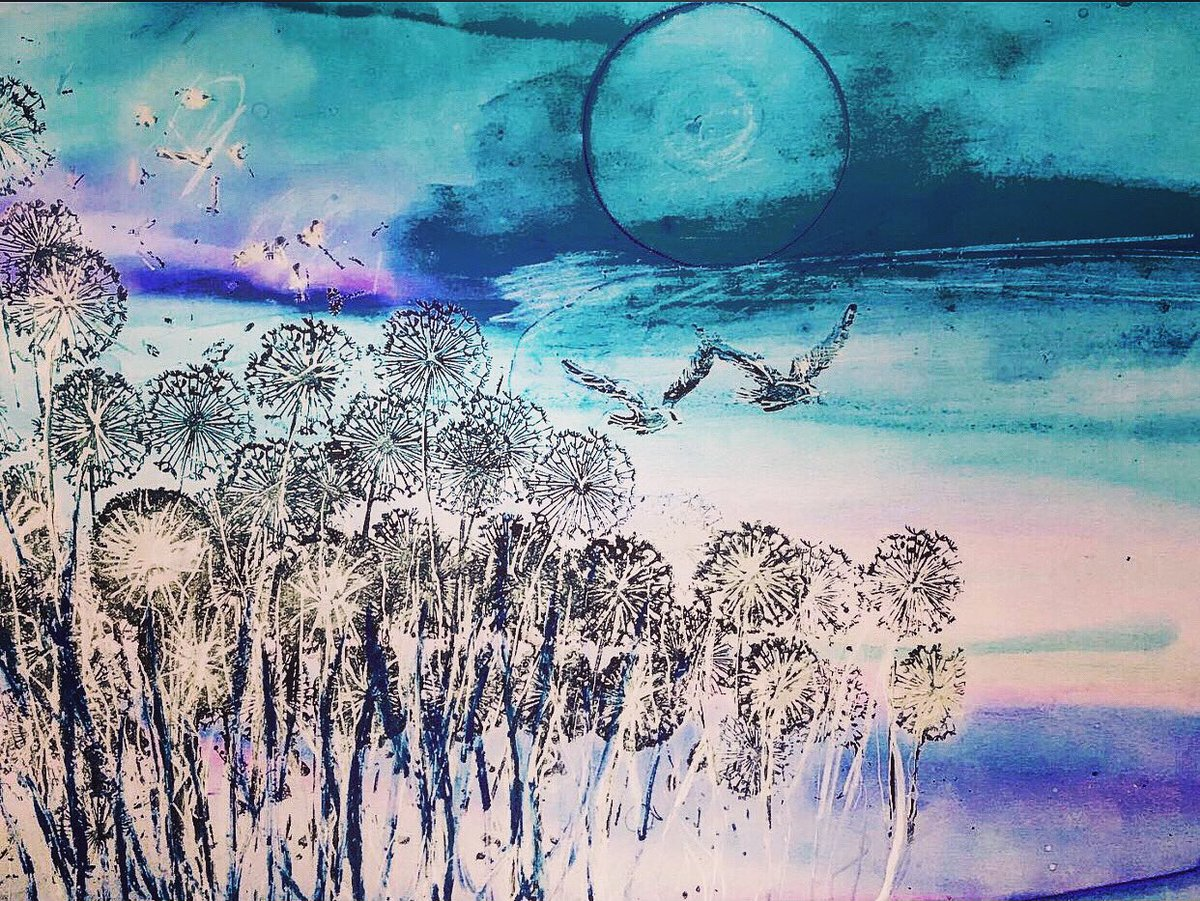 Dandelion Summer. Alcohol Inks Windsor&Newton ink and isopropyl #ArtistOnTwitter #ink #alcoholink #contemporaryart #contemporarypainting #contemporaryartist #paintingpic.twitter.com/rW16zXmYZU