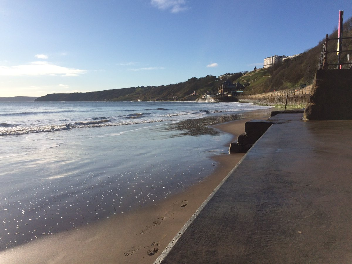 #TuesdayMorning Hello everyone from #Scarborough #Yorkshire  Spring sunshine, seascapes and #Spring  Stay safe, stay strong everyone pic.twitter.com/GsWrluAnOb