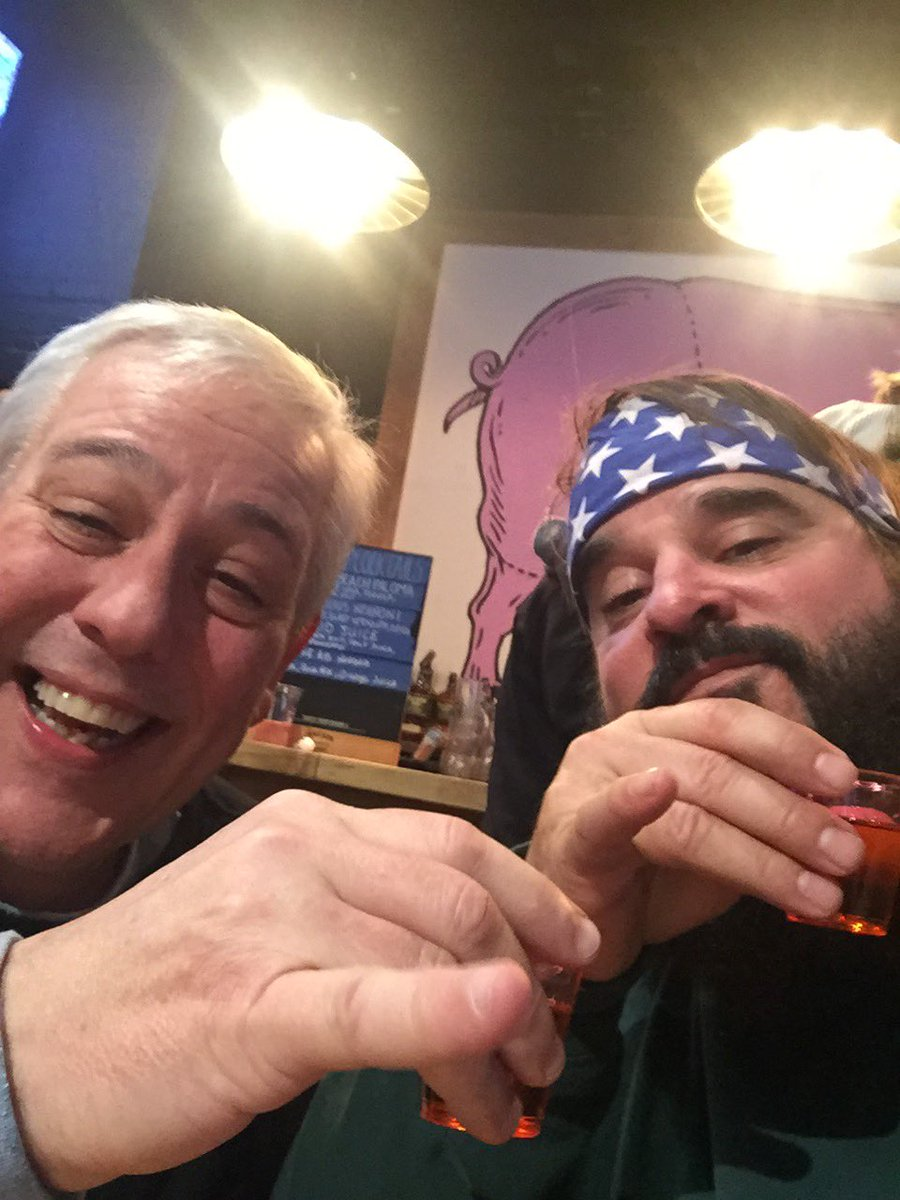 RIP @VicHenley our friendship wasn't long but it sure was strong. Glad I got to tell you I loved you like a brother when we talked Friday. Give Carl and Poppie a big ole hug for me. #ruizing