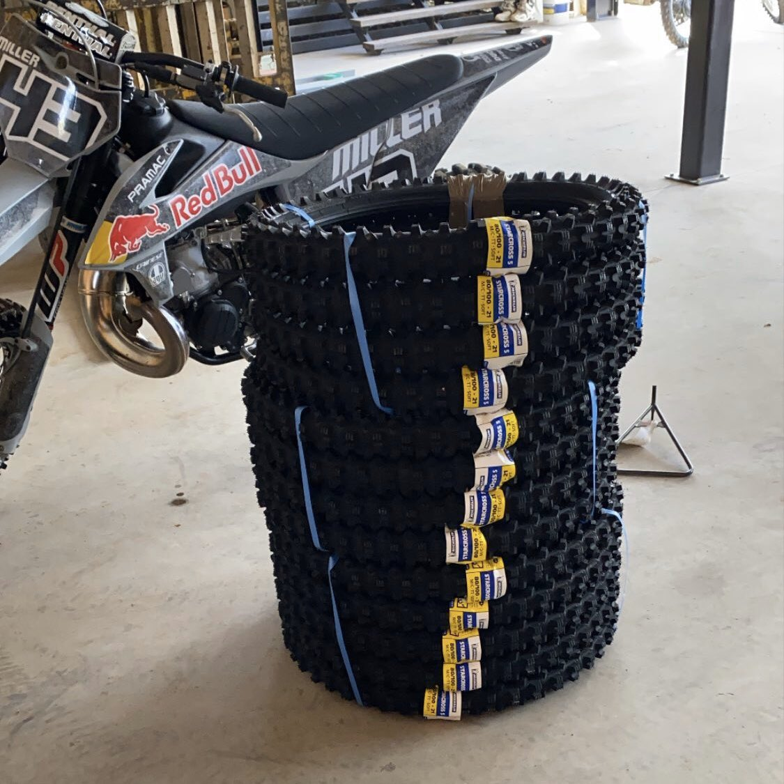 Bang!  Thank you @Michelin_Sport! #MichelinStarcross5 pic.twitter.com/CKJ2In5DcO