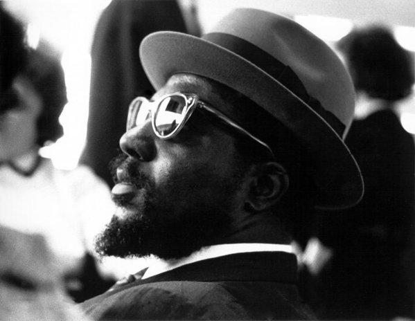 "Thelonious Monk Quartet  ""Ruby My Dear""  Coleman Hawkins-Tenor Sax Art Blakey-Drums Wilbur Ware-Bass  Album ""Monk""s Music"" 1957  http://youtu.be/6haQ1gJa644 #Jazz #Music #Musica #Monk #Pianopic.twitter.com/e5dDBVB73U"