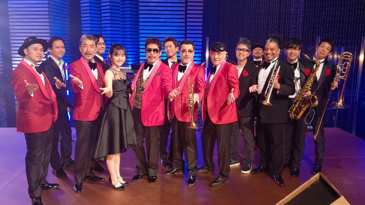 そしてお知らせです!!!【番組】「SONGS」NHK総合【日程】4/18(土)午後11:00~11:30               4/25(土)午前1:35~2:05鈴木雅之さんのSONGSに参加させていただきました😭💓緊張とワクワクとでしたがとにかく最高でした!😭お楽しみに!#SONGS #W鈴木 #鈴木雅之#鈴木愛理