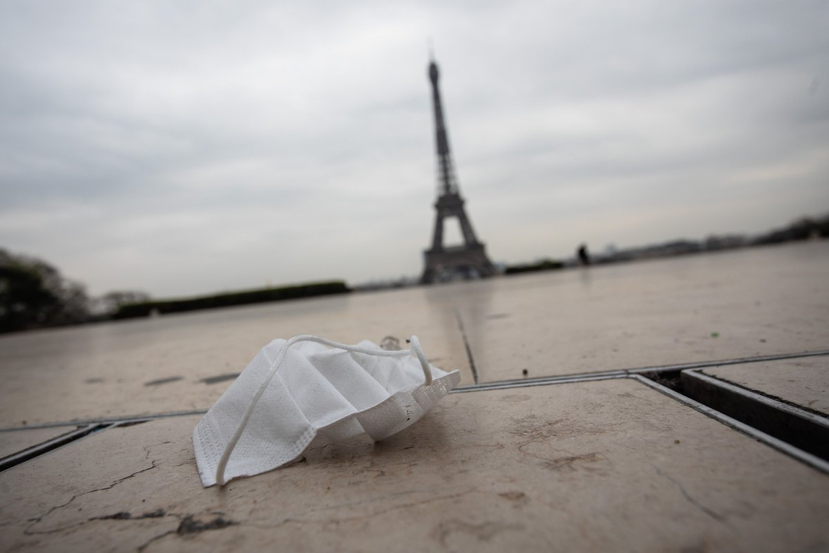 #France reported its highest single-day death toll since the #coronavirus pandemic started in the country, Health Minister Olivier Veran said.  The 833 deaths registered on Monday include fatalities from hospitals & care homes, bringing the country's overall death toll to 8,911.pic.twitter.com/sFm0gG0thO