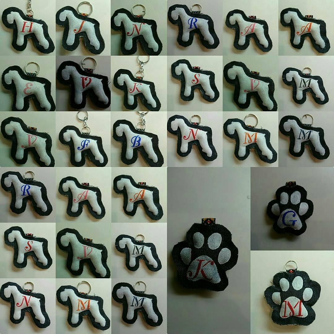 今まで頑張って縫ってきた『お達者倶楽部』仲間の印キーホルダー。129個まだまだ頑張らねば #お達者倶楽部 #シニア犬 #シニアちゃん頑張れpic.twitter.com/CS598PLpQn