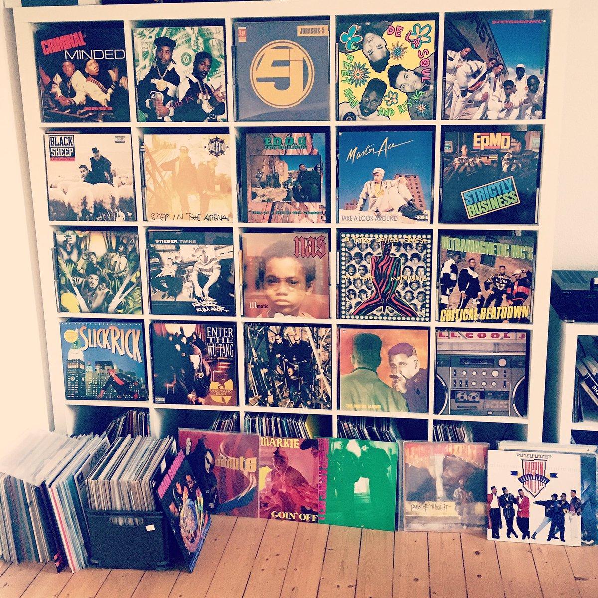some of my favorite hip hop vinyl #rap #hiphop #vinylpic.twitter.com/fZLggm4Z9O