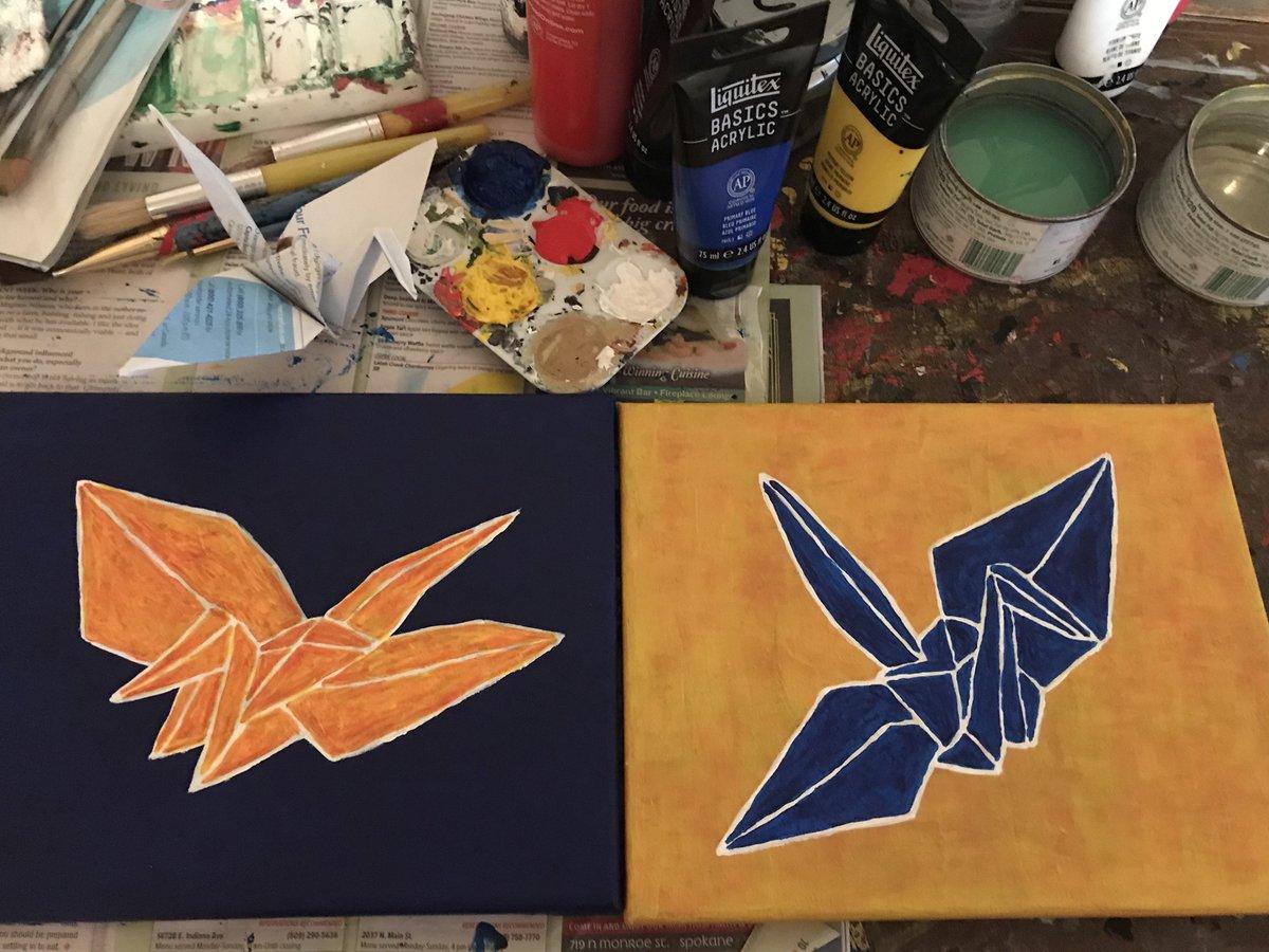Saturday #acrylic painting progress #origamicranepic.twitter.com/gNjGpirQFP
