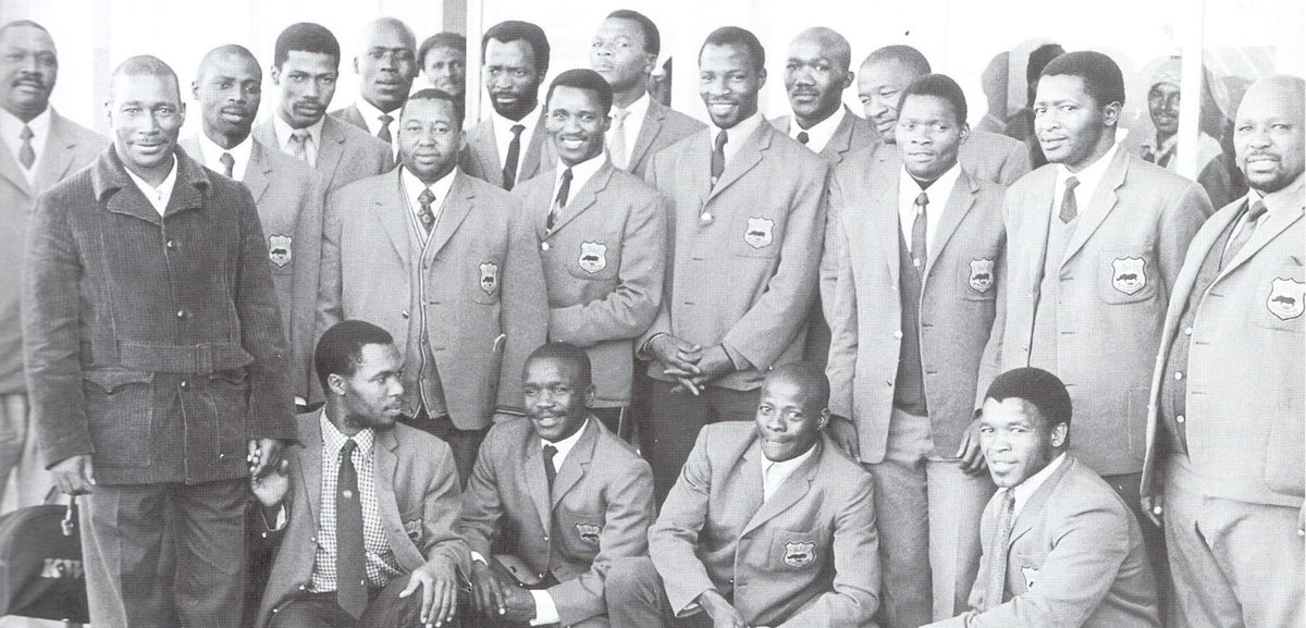 This KWARU men's rugby team from the 1980's with the legendary anti-apartheid rugby official Dan Qeqe was one of the great men's rugby teams in apartheid SA. They played top drawer rugby and played sport for freedom. We never forget all who played sport 4 freedom#freedommonthinSA <br>http://pic.twitter.com/Z03f1bM9em