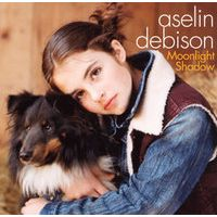 Nowplaying Moonlight Shadow - Aselin Debison #NowPlaying <br>http://pic.twitter.com/WsjwTJ56dW