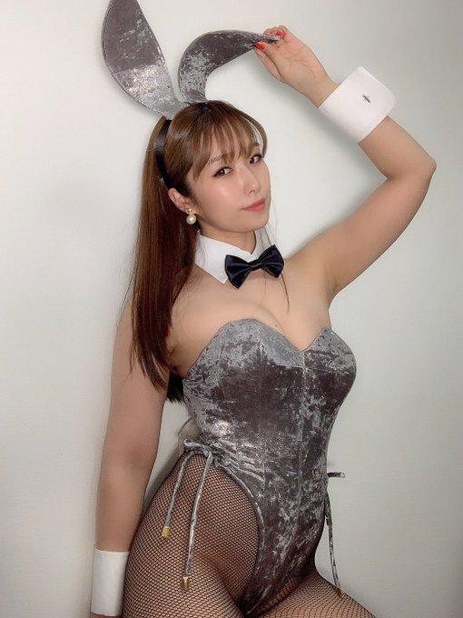 バニーガールの渋谷さんのTwitter自撮りエロ画像28